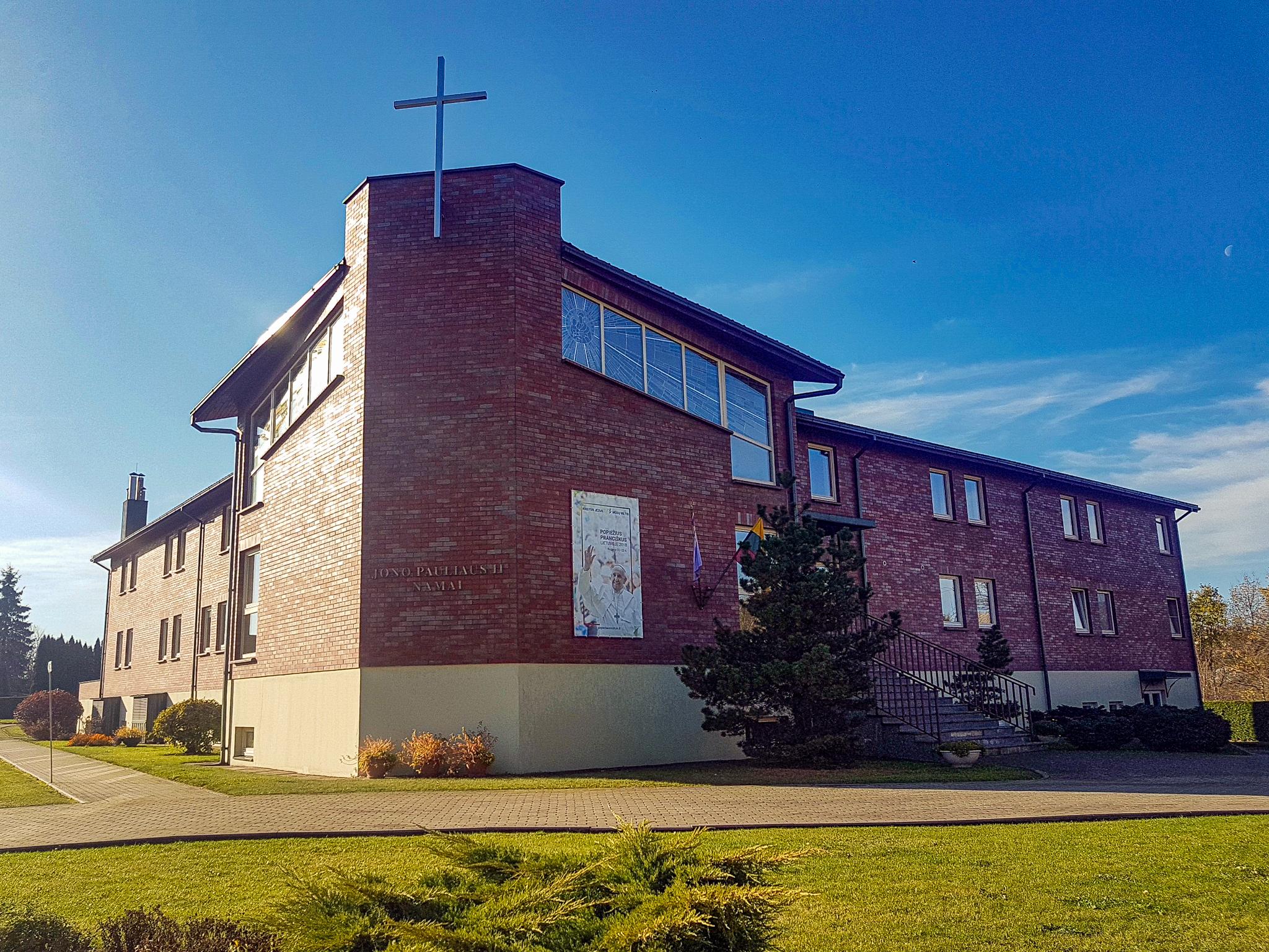 15. Jono Pauliaus II namai